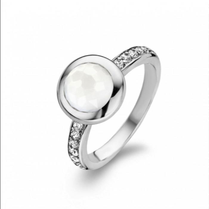 4539afd07 Ak je váš šperk aj z iných materiálov ako zo striebra, prenechajte čistenie  odborníkom. Hlavne prstene s kameňmi si dajte vyčistiť u zlatníka.