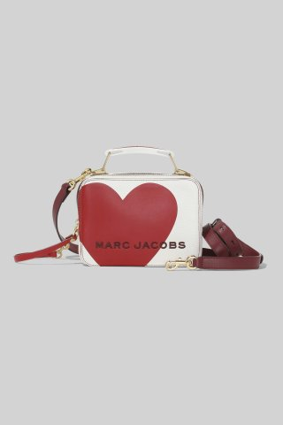 M0015849 164 MARC JACOBS THE BOX