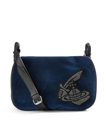 Crossbody kabelka VIVIENNE WESTWOOD ROBIN SMALL MESSENGER BAG