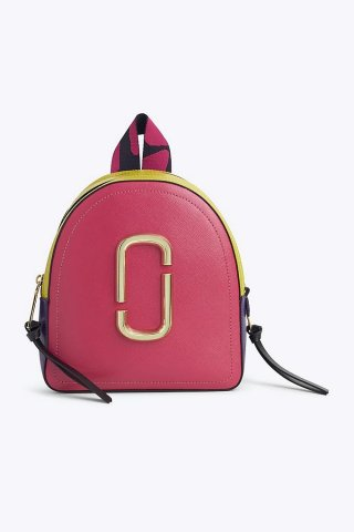M0013992 998 MARC JACOB PACK SHOT.